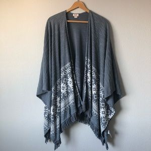 Mossimo Supply Co shawl shrug medium